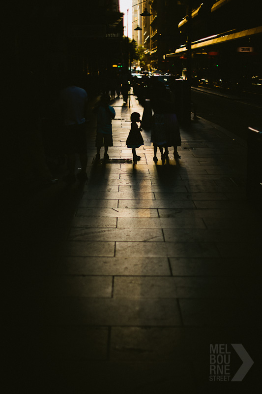 20120107140717_melbourne-street-william-watt-8345.jpg
